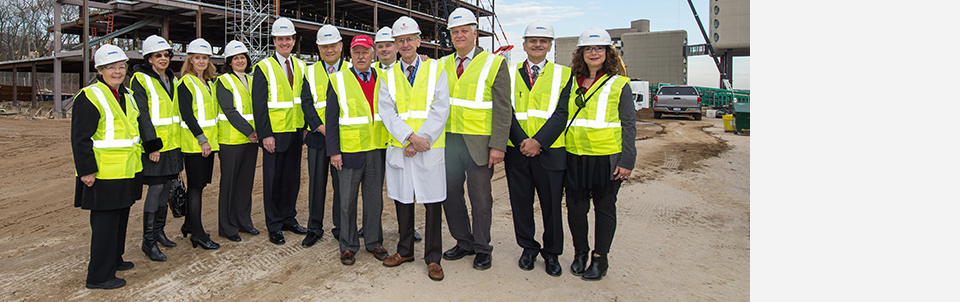 Signing of final steel beam for Medical and Research Translation building marks next milestone
